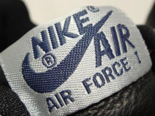 Jak rozpoznać podróbkę Nike Air Force One? Nieoryginalny